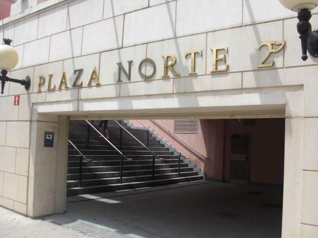Ingresso Plaza Norte 2 Centro Commerciale