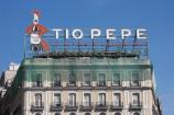 Puerta del Sol e la Famosa insegna Tio Pepe a Madrid