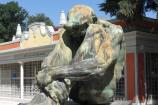 Victor Ochoa, scultura monumentale esposta nel Parque del Retiro a Madrid